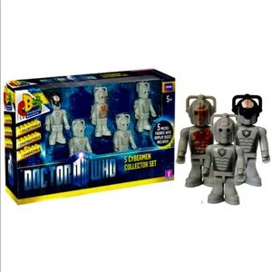 DOCTOR WHO CYBERMEN SET 5 COLLECTIBLE FIGURES NEW